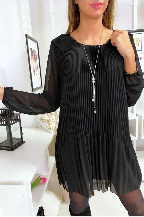 Robe tunique noir ample et plissé avec collier