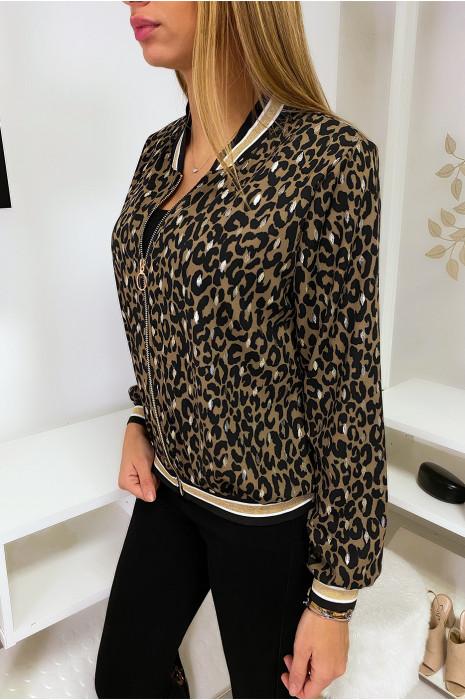 Petite veste marron à motif leopard et touche doré avec col et manches à bandes doré