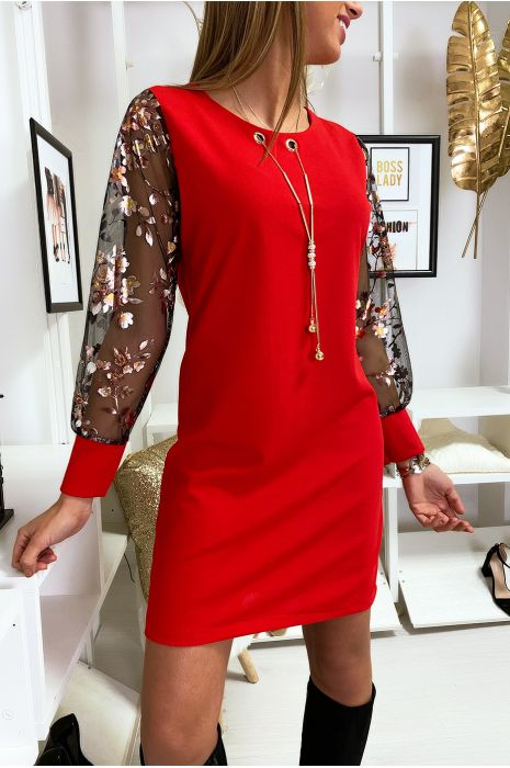 Robe tunique trapèze en rouge avec collier et manche en voile à motif doré
