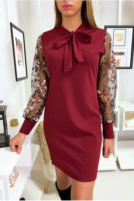 Robe tunique bordeaux avec noeud au col manche en voile avec motif doré