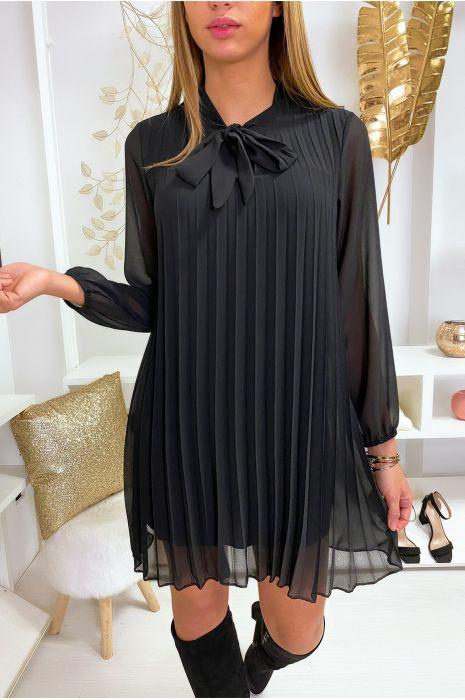 Robe tunique noir plissé et doublé avec noeud au col