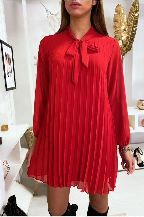Robe tunique rouge plissé et doublé avec noeud au col