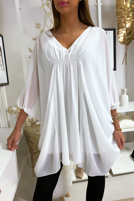 White tunic over size