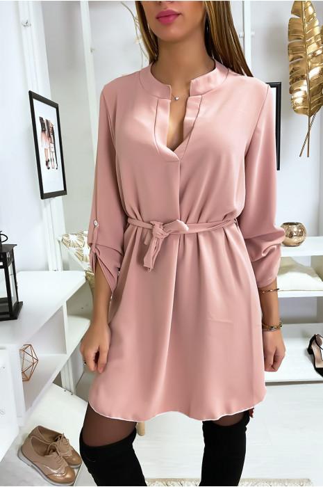 Jolie robe tunique rose col V avec ceinture et manches revers