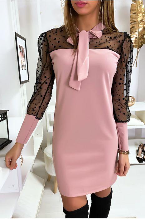 Roze jurk met stippen en mesh mouwen