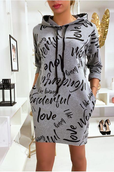 Robe pull gris à lettres avec capuche