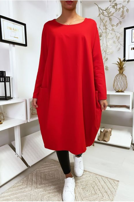 Grote rode jurk met zakken