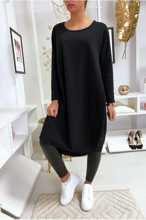 Grande robe noir à poches