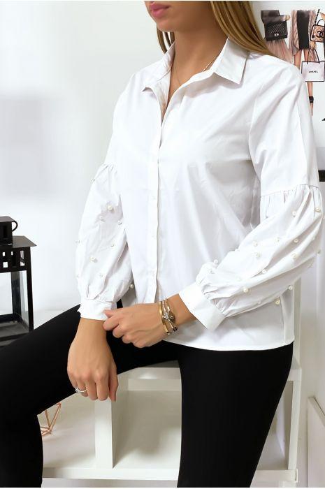 Wit overhemd met pofmouwen met parels. MC7362