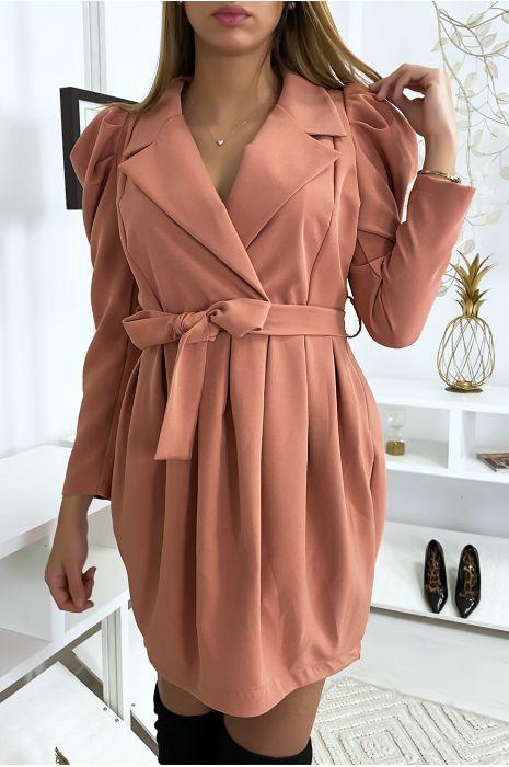 Robe rose classe nouée avec épaulettes