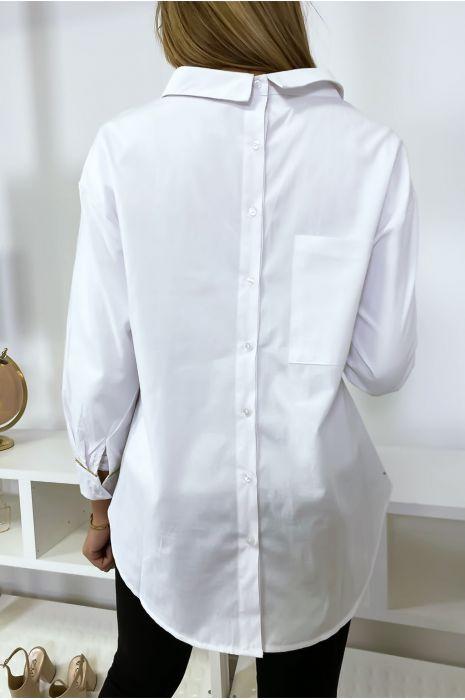 Chemise blanche style à l'envers