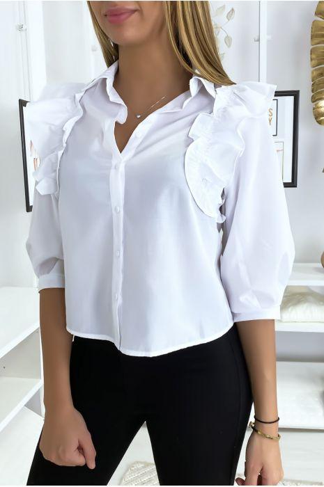 Wit overhemd aan de voorkant