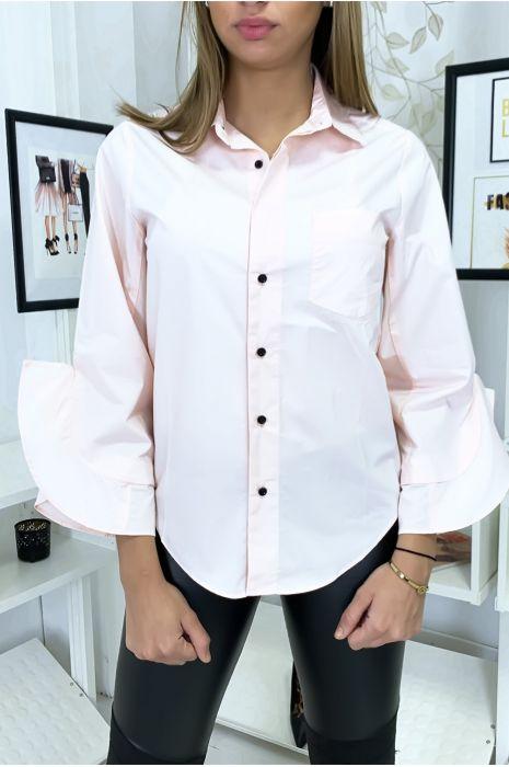 Chemise rose à volants ouverts