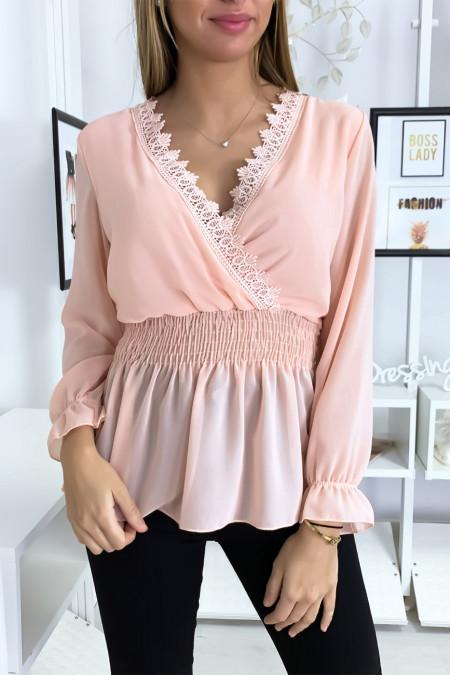 Roze blouse met gekruiste kanten kraag