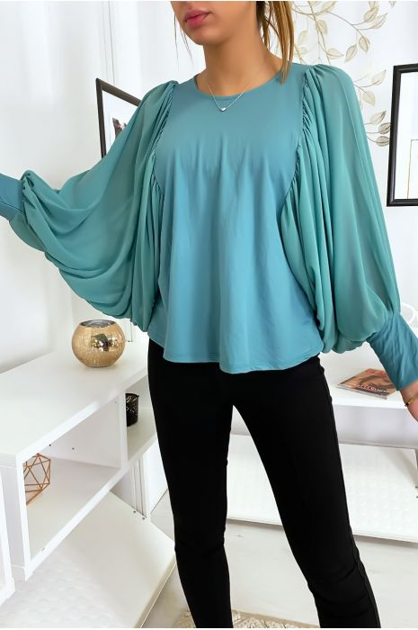 Jolie blouse turquoise à manches drapées