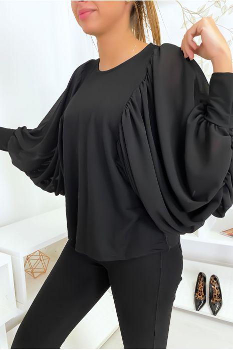 Jolie blouse noir à manches drapées