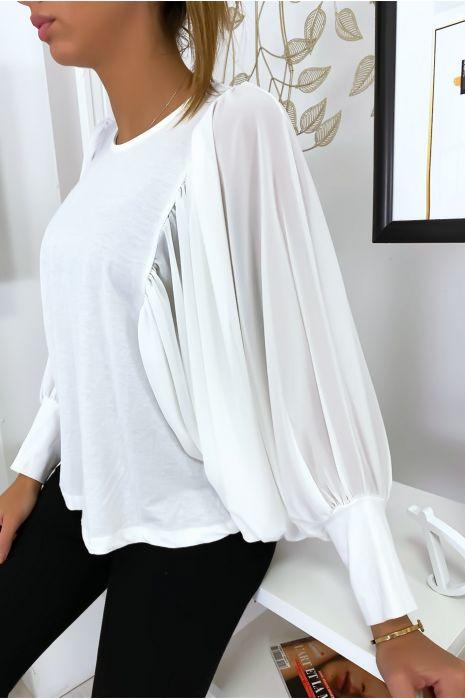 Jolie blouse blanche à manches drapées
