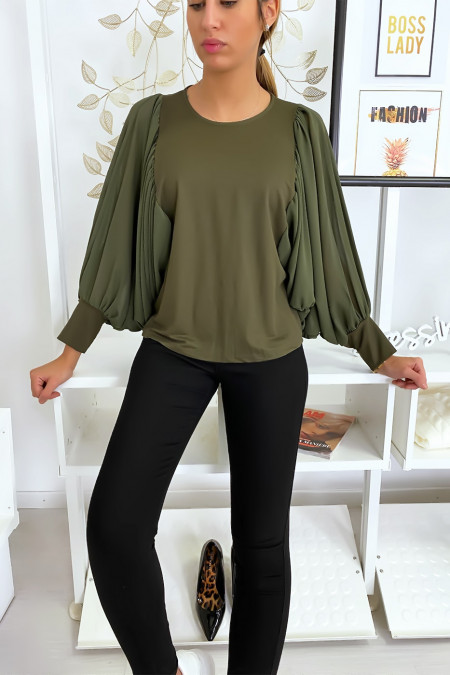 Mooie kaki blouse met gedrapeerde mouwen