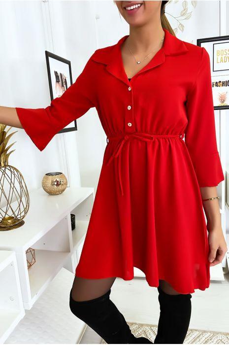 Robe fluide rouge à col chemisier