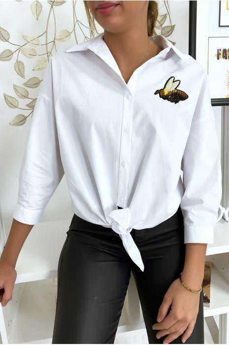 Wit overhemd met bijtje