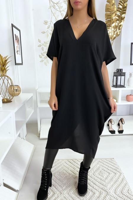 Lange en losse zwarte jurk