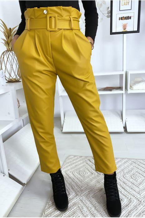 Mosterdkleurige broek van imitatieleer met riem