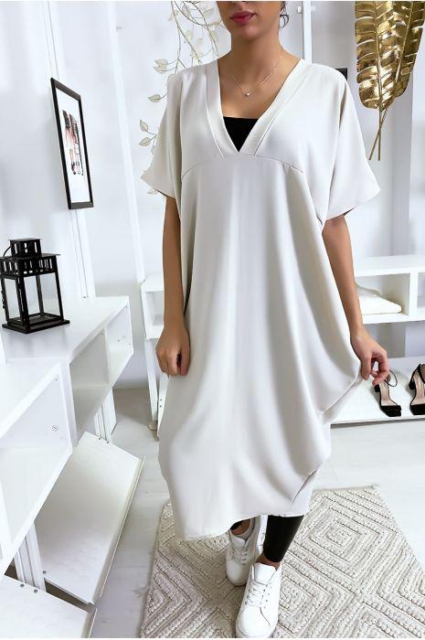 Lange en losse beige jurk