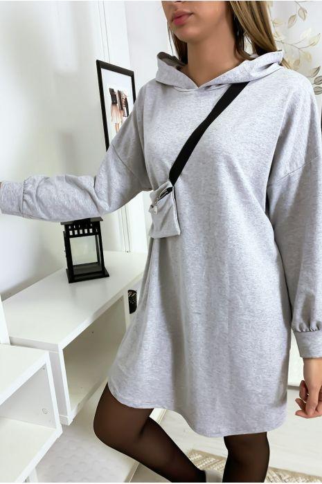 Sweat ample en gris à capuche avec pochette