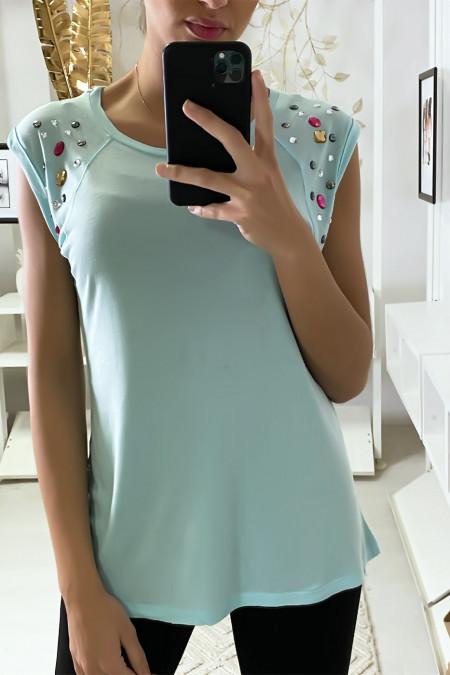 Tee shirt aqua bleu avec strass aux épaules