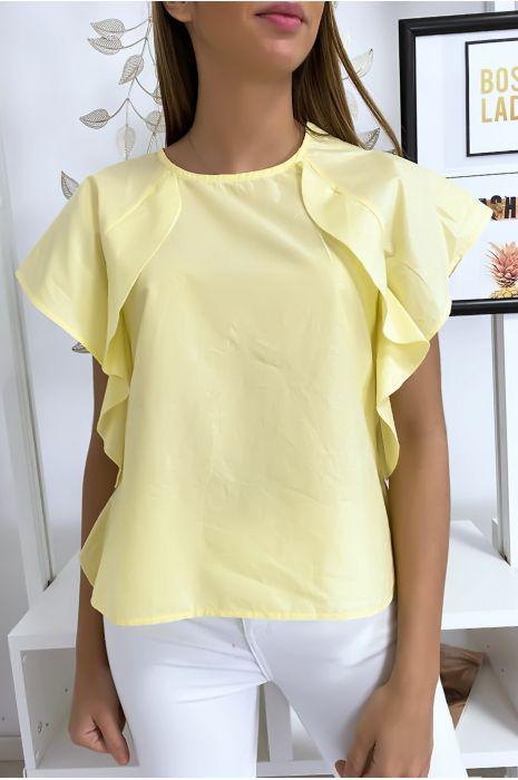 Gele blouse met ruche en drie knoopjes op de schouders