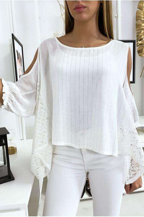 Blouse blanche épaules dénudé avec dentelle et fil argenté