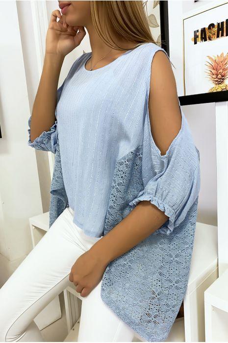 Turquoise blouse van de schouders met kant en zilverdraad