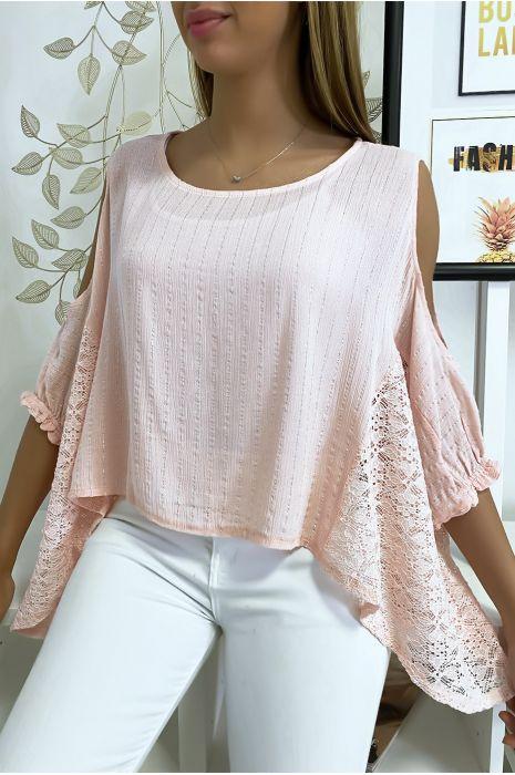 Roze blouse van de schouders met kant en zilverdraad