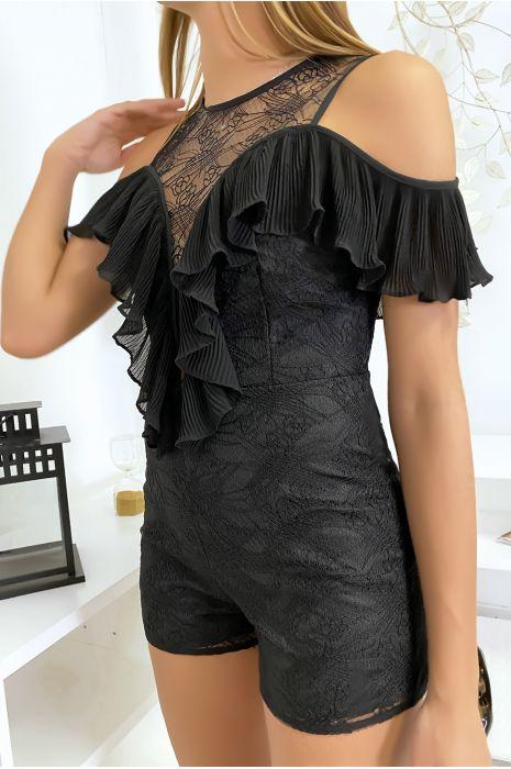 Combi-short en dentelle noir avec de jolis volant plissé
