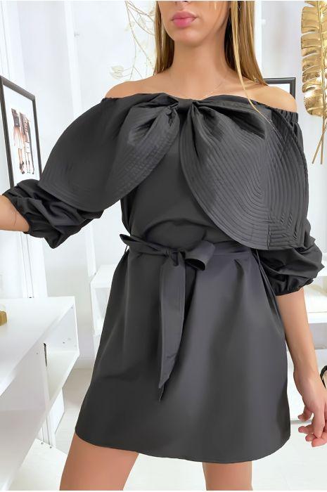 Robe tunique noir avec grand papillon au buste