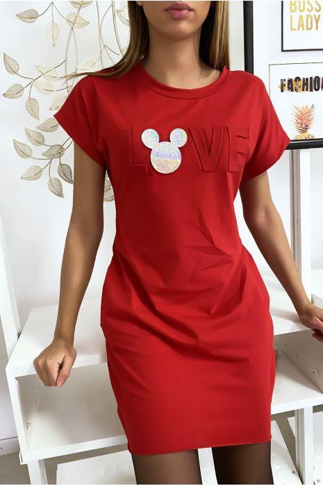 Robe t-shirt rouge avec écriture LOVE bombé