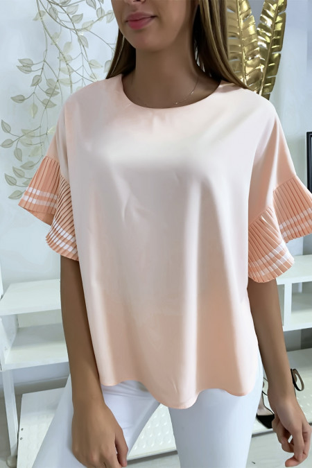 Very chic blouse in salmon, loose fit with pleated sleeves