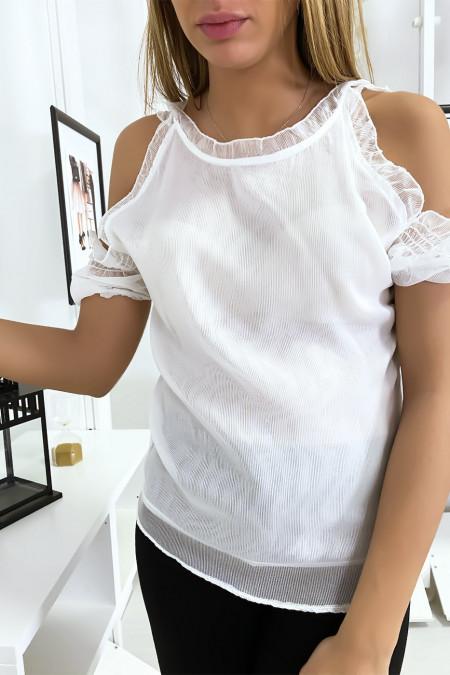 Wit gevoerde crêpe top met off-shoulder