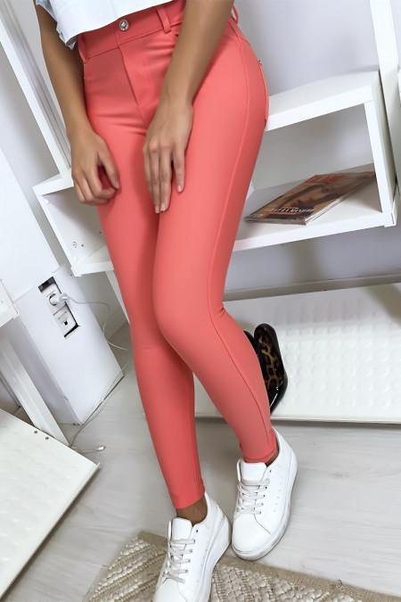 Roze slimfit broekje met zakje en strass knoopjes. Damesmode 9934