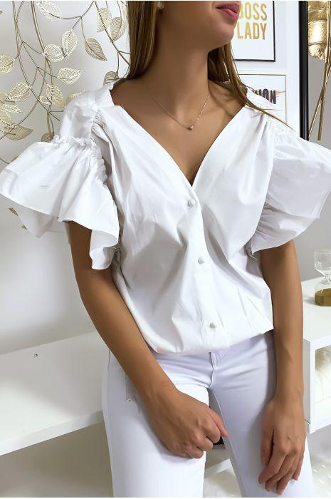 Witte overhemdblouse met knopen aan de voorkant met ruches aan de mouwen en geplooid bij de schouders
