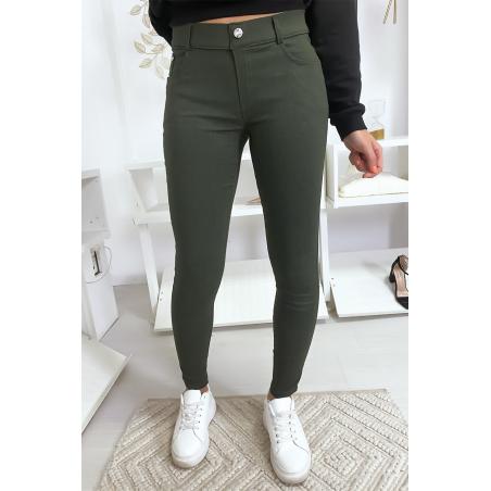 Pantalon slim kaki, basic avec poche avant et arrière