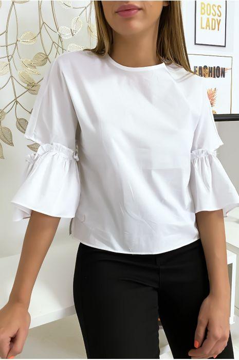 Witte blouse met gerimpelde mouwen en mooi strikje