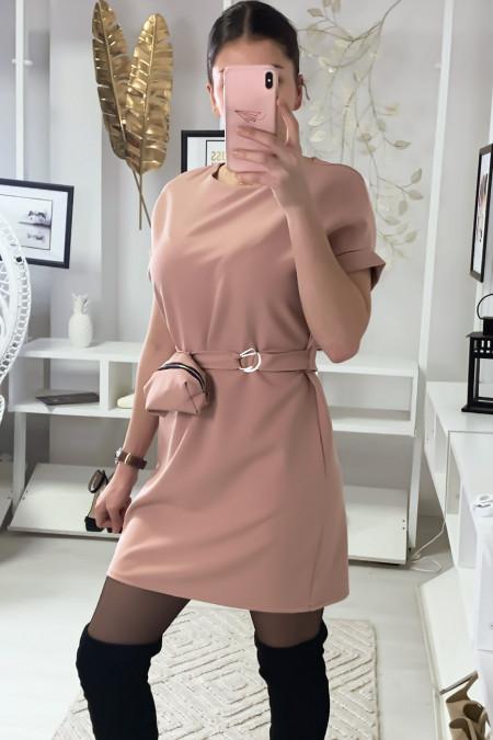 Zeer chique roze jurk met zakje