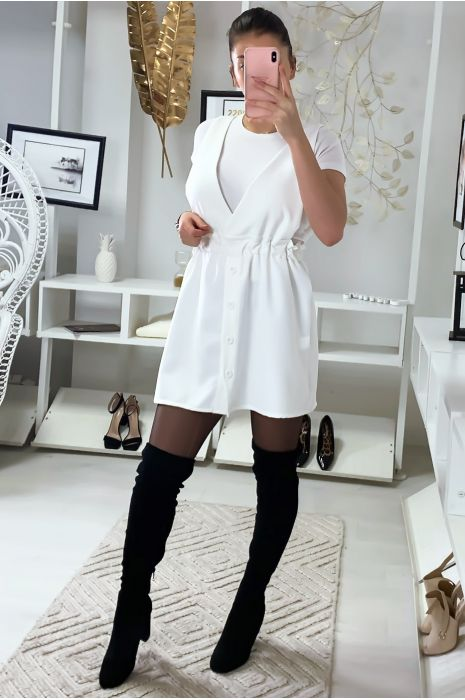 Jolie robe chasuble blanche