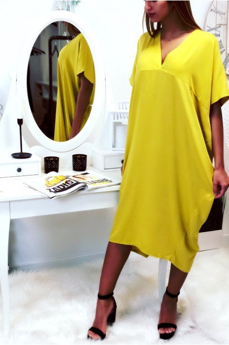 Robe moutarde longue et ample