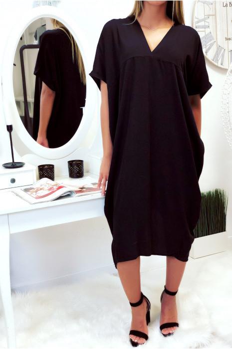 Robe noir longue et ample
