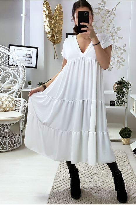 Longue robe tunique col V à volant en blanche