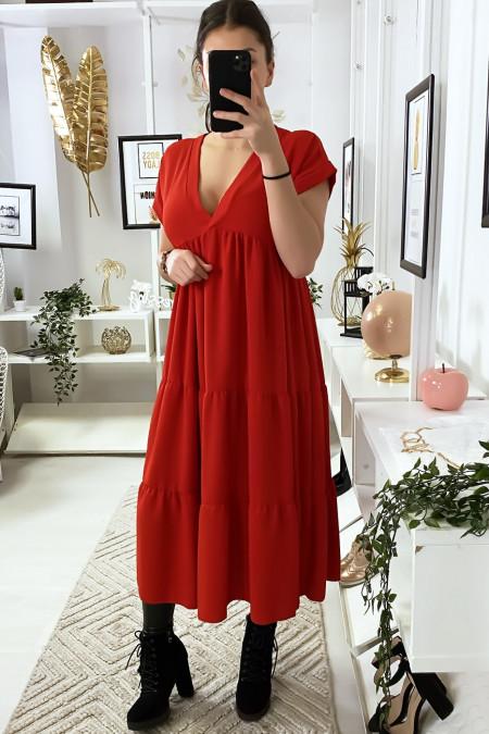 Longue robe tunique col V à volant en rouge