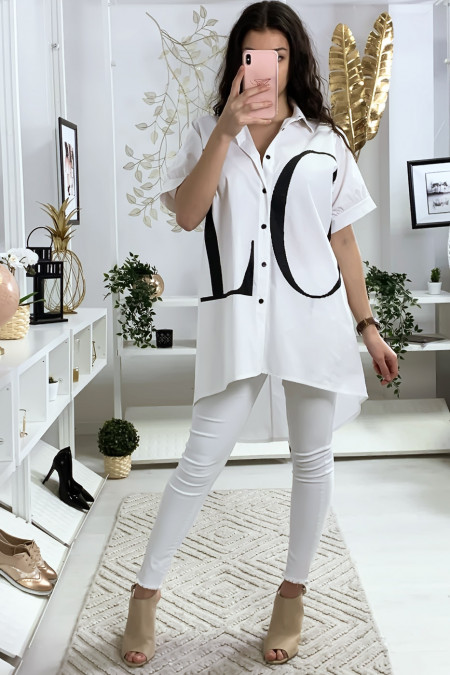 Long white shirt with LOVE writing