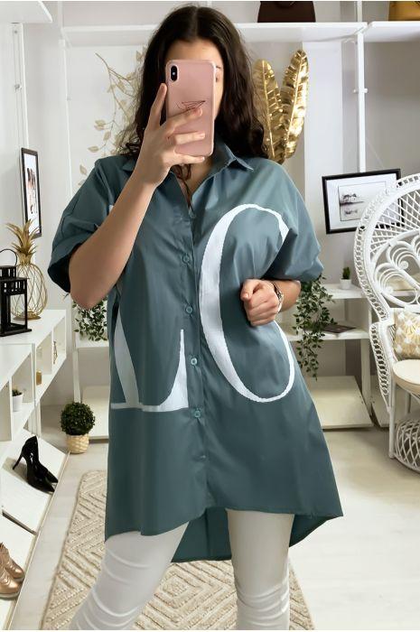 Longue chemise vert avec écriture LOVE